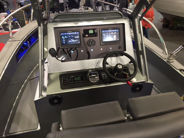 Extreme Centre Console NZ best boat of show