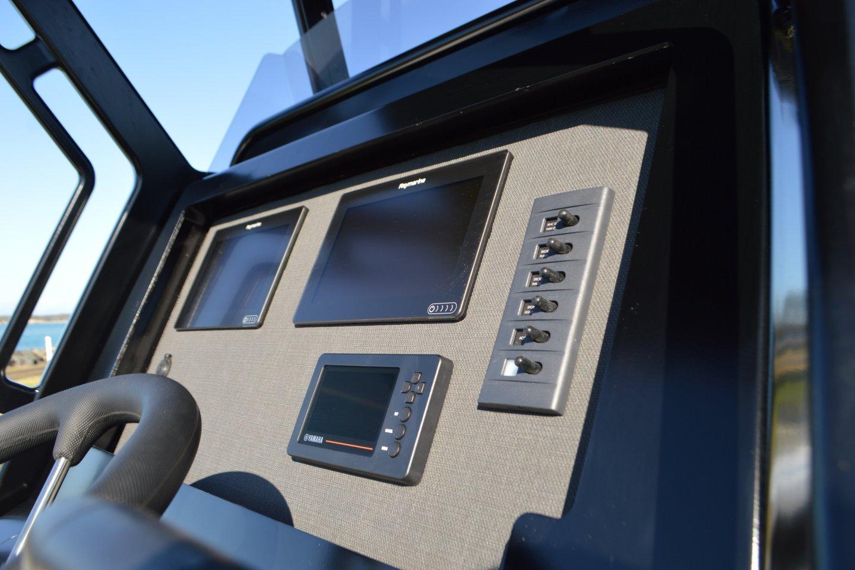 plate alloy console custom dash