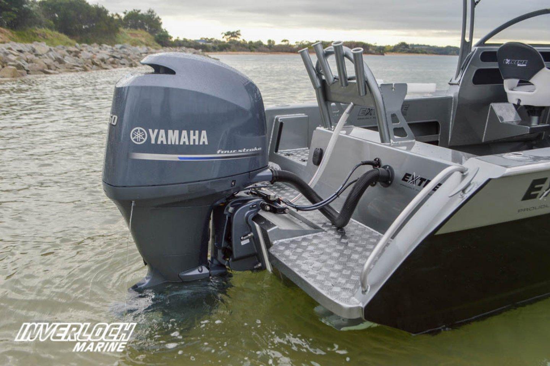 Extreme Boat Yamaha Motor
