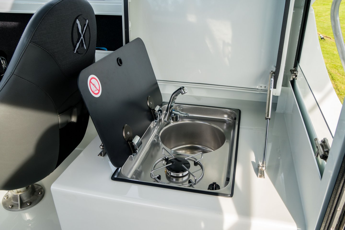 cooker / sink combo in boat
