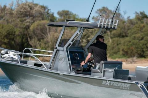 Centre Console & Extreme Boats u0026 Noosa Cats Dealer - Expert Boat Service